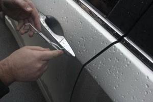 вскрытие дверей автомобиля и вскрытие замков автомобилей